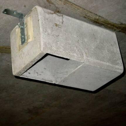 Einbaunistkasten 1HE Schwegler - mit Haltewinkel